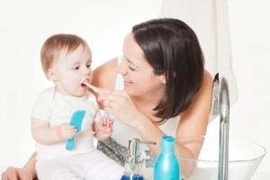 vệ sinh răng miệng cho trẻ