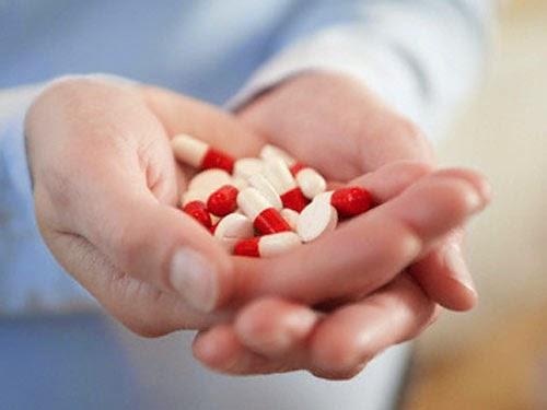 dùng thuốc chữa bệnh nổi mề đay