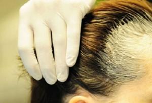 Nhân viên cắt tóc ở VN không bao giờ phải lo nghèo