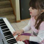 Nếu không có kiến thức về nhạc lý có chơi được đàn Organ hay không?