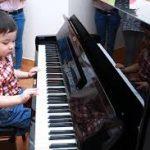 Mấy tuổi thì nên cho bé học Piano được?