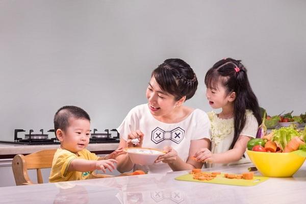 Trẻ bị tiêu chảy có biểu hiện như thế nào và phải chăm sóc ra sao? 2