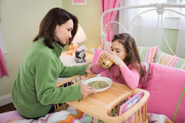 Trẻ bị tiêu chảy nên ăn gì - Chế độ ăn uống giúp bé mau khỏi bệnh 2