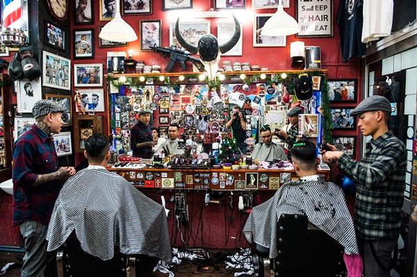 Tiệm cắt tóc barber đã có từ thời xưa và trở thành kiểu tóc thịnh hành